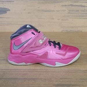 Nike Lebron Solider Sneakers Pink Boho Retro
